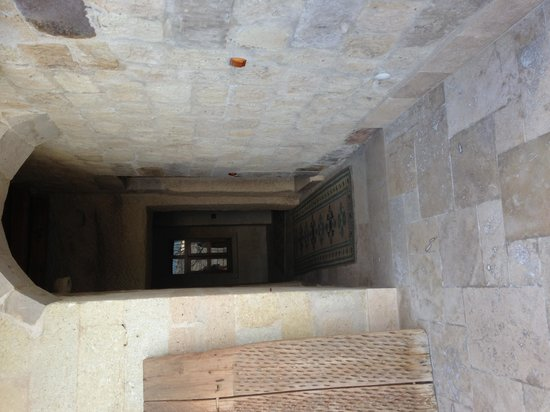 Travellers' Cave Pension : corridor to our room
