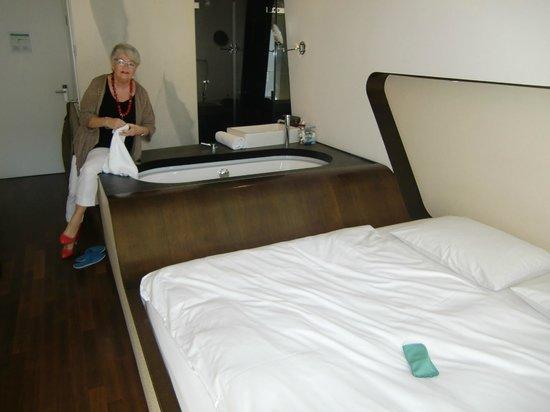 Hotel Q! : stylisches Zimmer