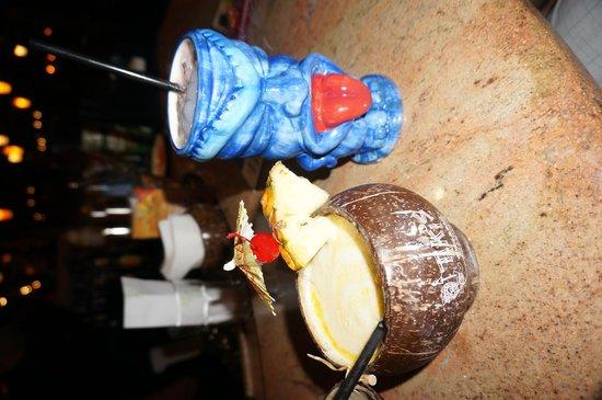 Aston Waikiki Beach Hotel: Take home Tiki cups