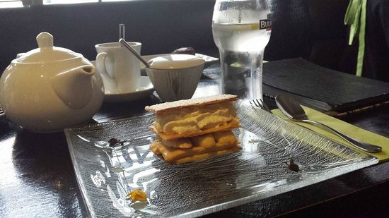 The Pins Gastro Bar: Banana millefeuille