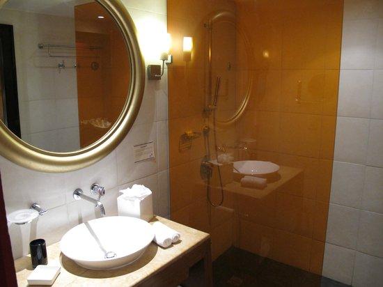 Club Med Cancun Yucatan : Salle de bain de la 8010