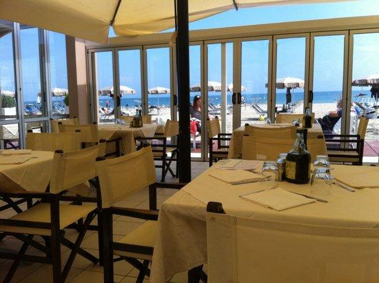 Il ristorantino sul mare 1 maggio 2014 picture of bagno sauro 286 milano marittima tripadvisor - Bagno sauro cervia ...