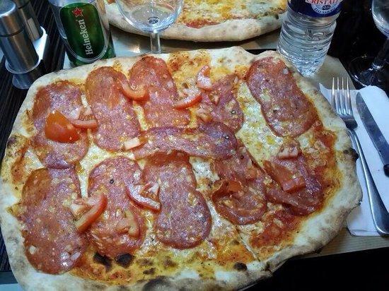 Pizza Rossi : Pizza alla Diavola.... Pizzeria Rossi