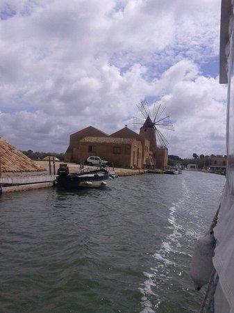 Isola di Mozia (Mothia)/ San Pantaleo: Viaggio verso Mozia