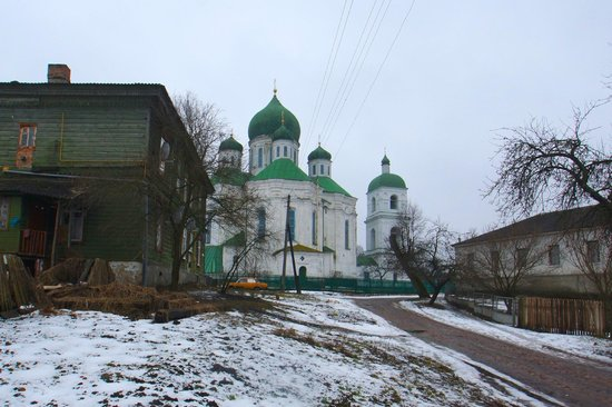 Novhorod-Siverskyi: Resurrection Cathedral