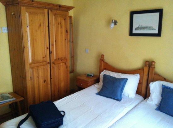 Plevna Hotel: Room 107