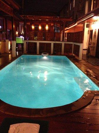 Sri Pat Guest House: piscine
