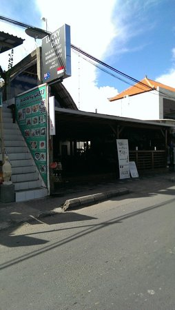 PING Hotel Seminyak Bali: Lucky Day Restaurant