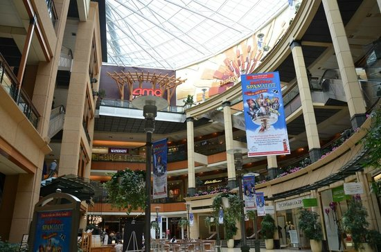 Pacific Place: 3