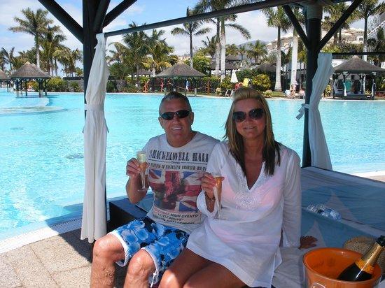 Gran Melia Palacio de Isora Resort & Spa: Bali Bed experience