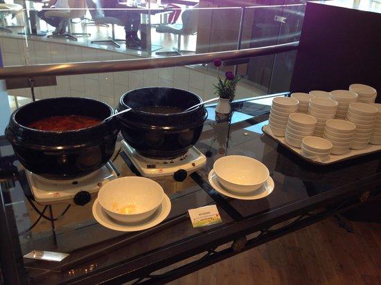 Golden Seoul Hotel : Breakfast