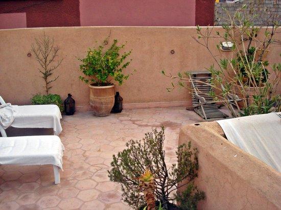 Dar Tuscia: Terraza del riad. Tomarte el té mientras escuchas el rezo de las mezquitas vale la pena.