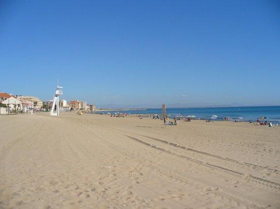 Playa de La Mata: die Weite dieser traumhaften Strände zwischen Torrevieja und Santa Pola...