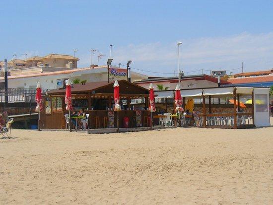 Playa de La Mata: Für die Strandpause...coole Getränke, kleine Snacks.. sehr freundlich....