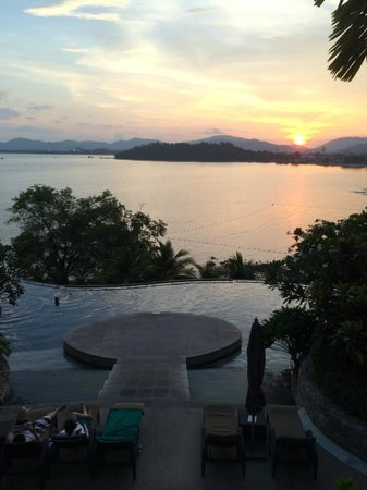 The Westin Siray Bay Resort & Spa Phuket: Sunset view