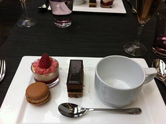 Le Cafe Lenotre : cafe gourmand