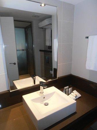 Premier Hotel Midrand: stanza da bagno particolare