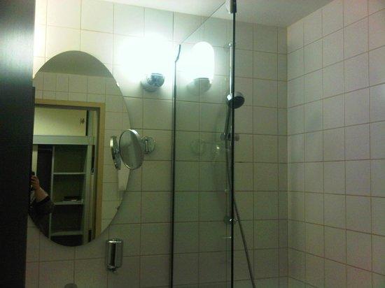Danubius Grand Hotel Margitsziget: Part of the bath