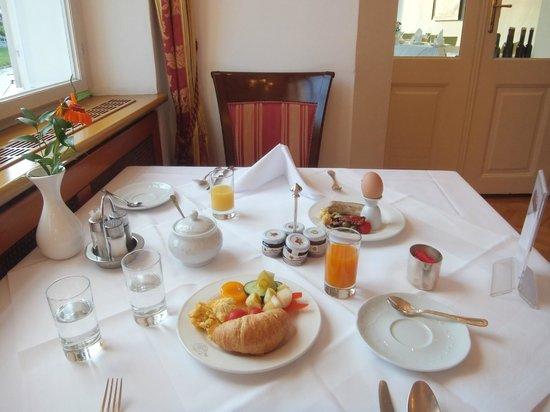 Radisson Blu Hotel Altstadt, Salzburg: breakfast