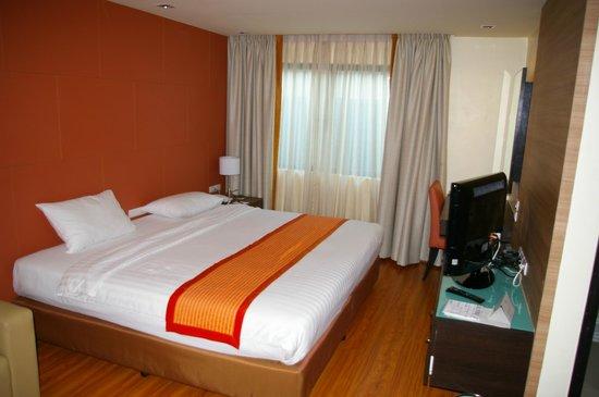 Aspen Suites Sukhumvit 2 by Compass Hospitality: Doppelzimmer