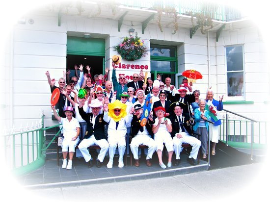 The Clarence House Hotel: Happy Bowlers