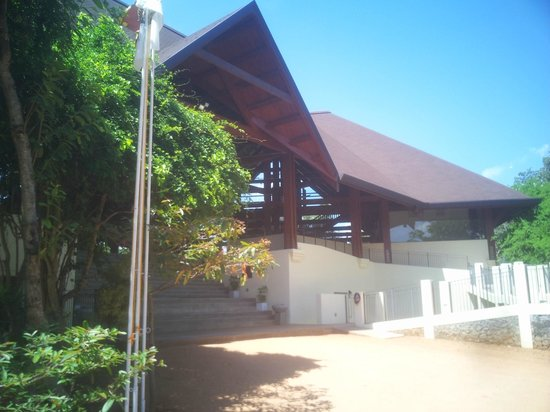 The Paradise Resort and Spa: Front