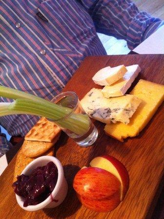 Duke of Normandie Hotel : fromages de l'île