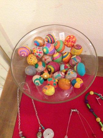 Artrovinj: Bowl of painted snails!