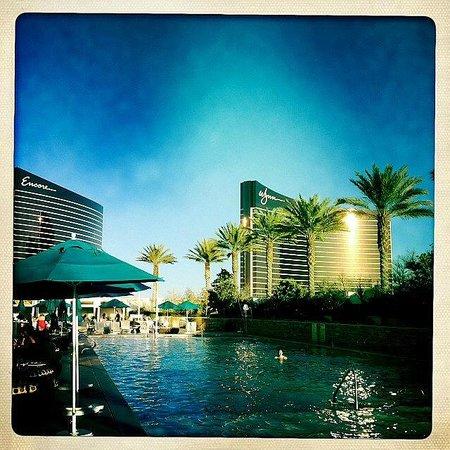 Trump International Hotel Las Vegas: Pool mit Aussicht