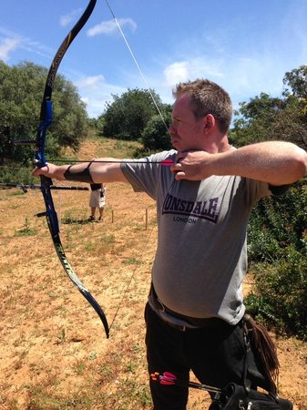 Archery-Club-Algarve: making the shot!