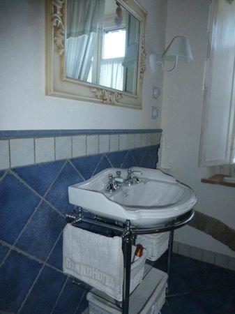 B&B Gallo delle Pille: Luxuries in the bathroom