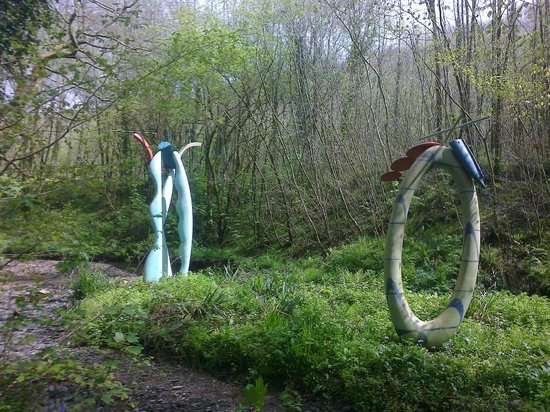 Broomhill Sculpture Garden: Large scale sculptures.