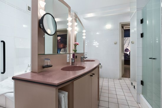 NH Gent Sint Pieters: Bathroom