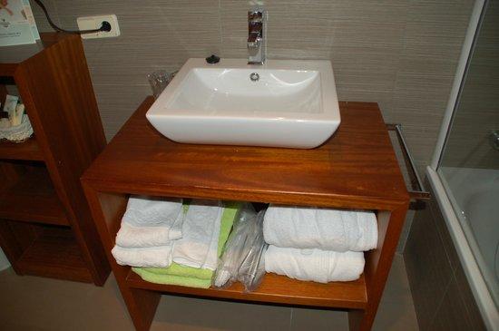 Hotel Grevol Spa : Lavabo