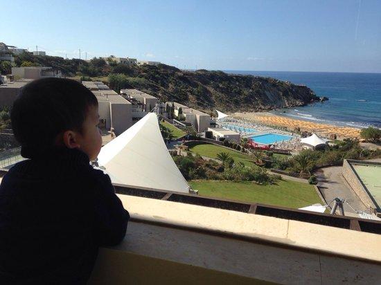 Sentido Mikri Poli Crete: Vue piscine, plage et mer