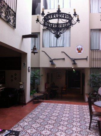 Hotel Casa Suyay: Patio