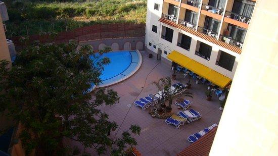 Canifor Hotel: piscina