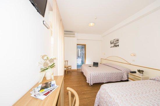 Hotel Silvia: Una stanza matrimoniale