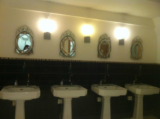 Clontarf Castle Hotel: very nice