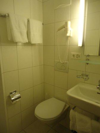 Landgasthof Kreuz : la salle de bain