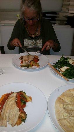 Hai Strakonice: Hai Restaurant Strakonice CZ (Nijlbaars)