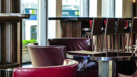 Interior of the Brasserie Schiller / Goethe Bar