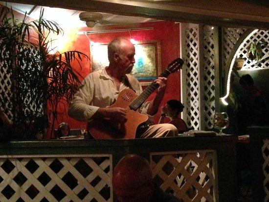 Morgan's Mango: Live guitarist