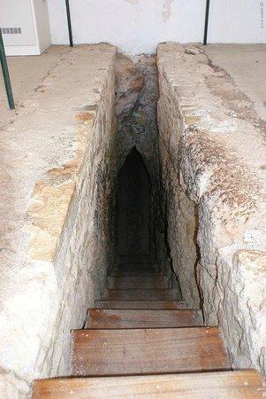 Tunnel of Eupalinos: 6