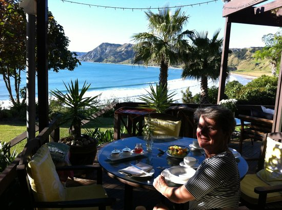 Rangimarie Beachstay: best view at breakfast