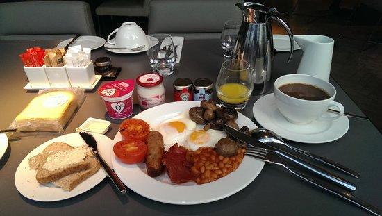 Pullman London St Pancras Hotel : Breakfast buffet