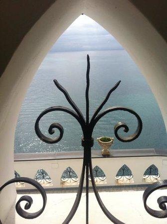 Il Saraceno Grand Hotel: Scorcio di mare dalla terrazza