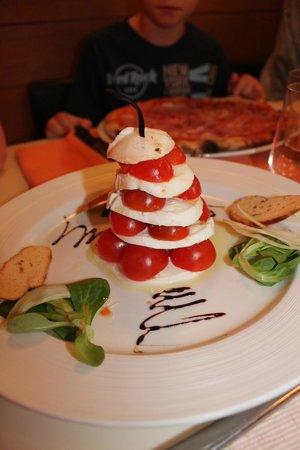 Taverna San Lio: tomates mozzarela