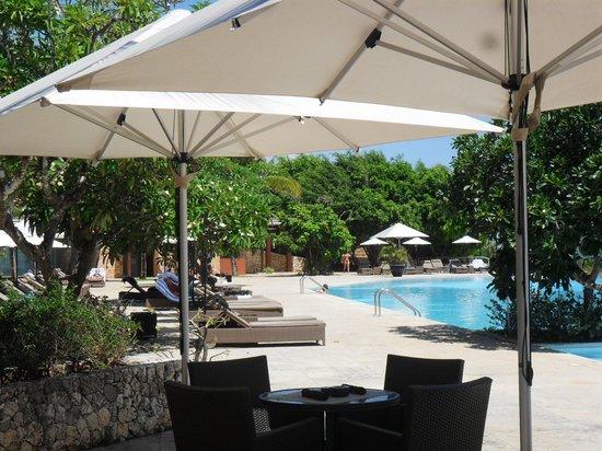 Melia Zanzibar : Main pool area