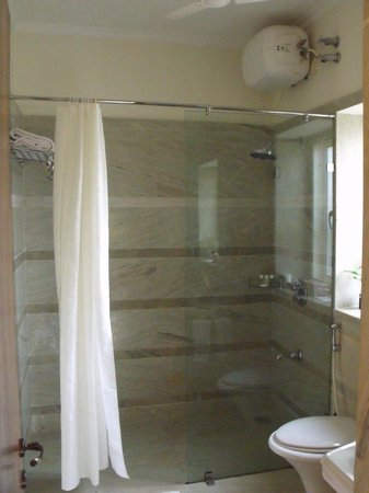 Beleza...by the beach: Shower area